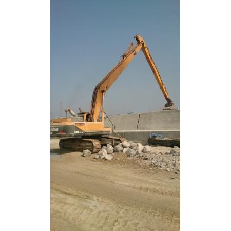 Hyundai Robex R480LC-9 Long Reach Hydraulic Excavator